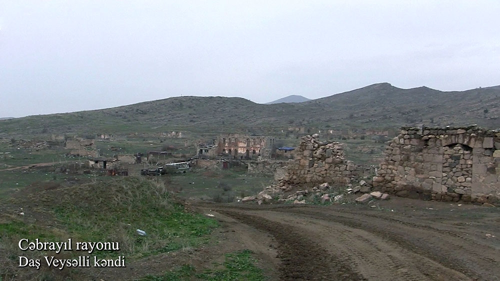 Azerbaijan's Ministry of Defense releases video footage of Dash Veysalli village of Jabrayil district VIDEO