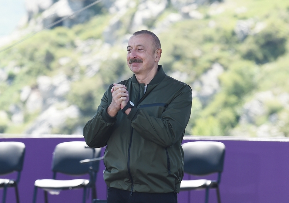"President Ilham Aliyev: ""Kharibulbul"" festival will now be held in Shusha every year"